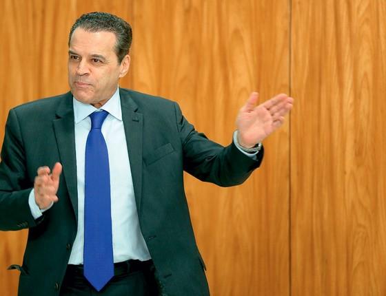 Investigadores ficam impressionados com influência de Henrique Alves no governo Temer