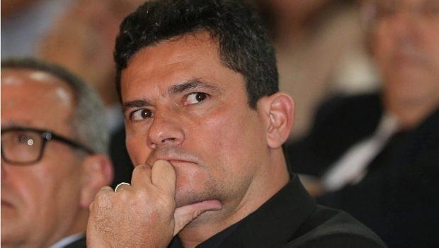 * Condenação não traz 'qualquer satisfação pessoal', diz Moro sobre Lula.