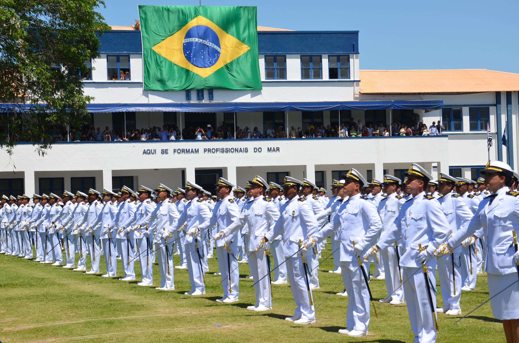 Com oportunidades no RN, Marinha do Brasil abre três concursos públicos para ensino superior