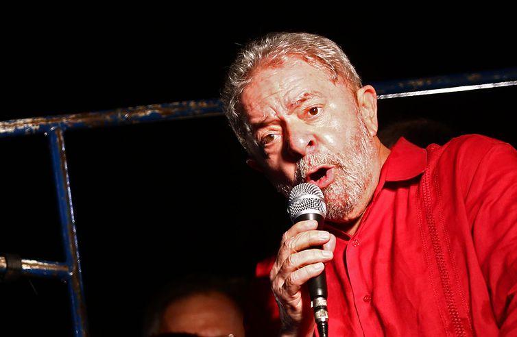 Triplex: Justiça ordena que Lula pague R$ 31 milhões de multa