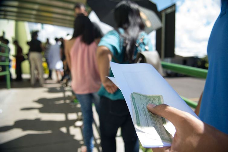 Em 308 cidades brasileiras, há mais eleitores do que habitantes; Severiano Melo (RN) em destaque