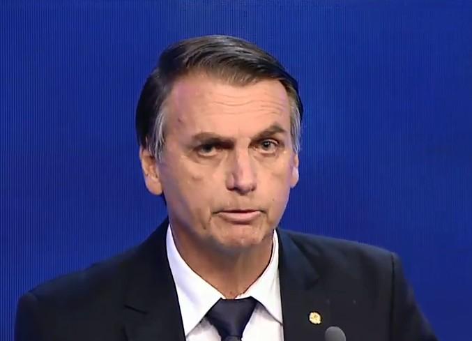 Médicos proíbem participação de Bolsonaro em debate da Globo