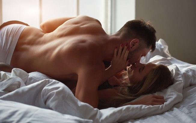 Pesquisa aponta que mulheres estão vendo o sexo casual como algo comum e sem tabus, e que preliminares são 100% fundamentais em qualquer tipo de relacionamento