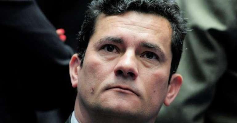 Moro vai aceitar o Ministério da Justiça ampliado, diz colunista