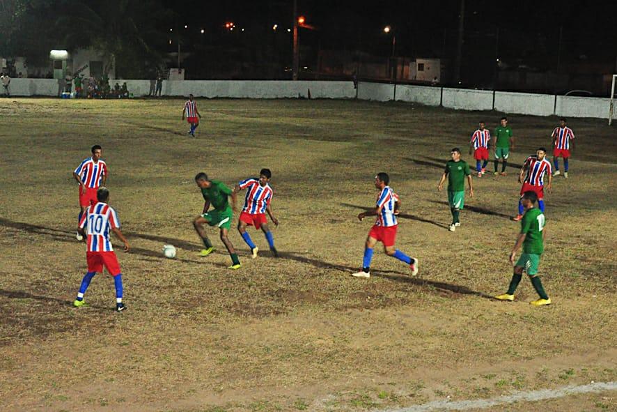 Resultado de imagem para Público e equipes garantem sucesso do 1º campeonato de futebol de Extremoz