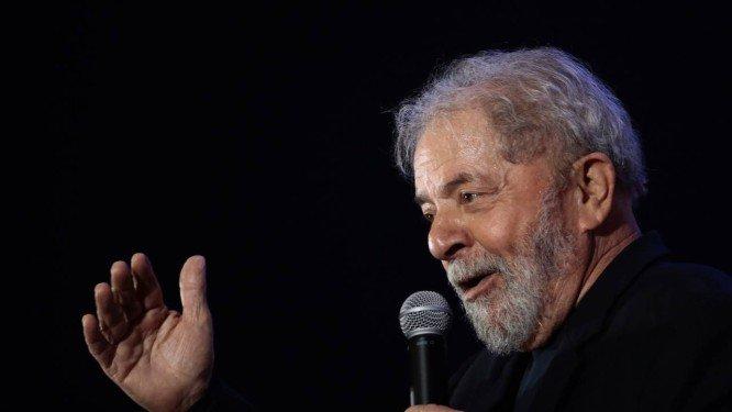 Gilmar pede e habeas corpus de Lula irá a sessão presencial no STF