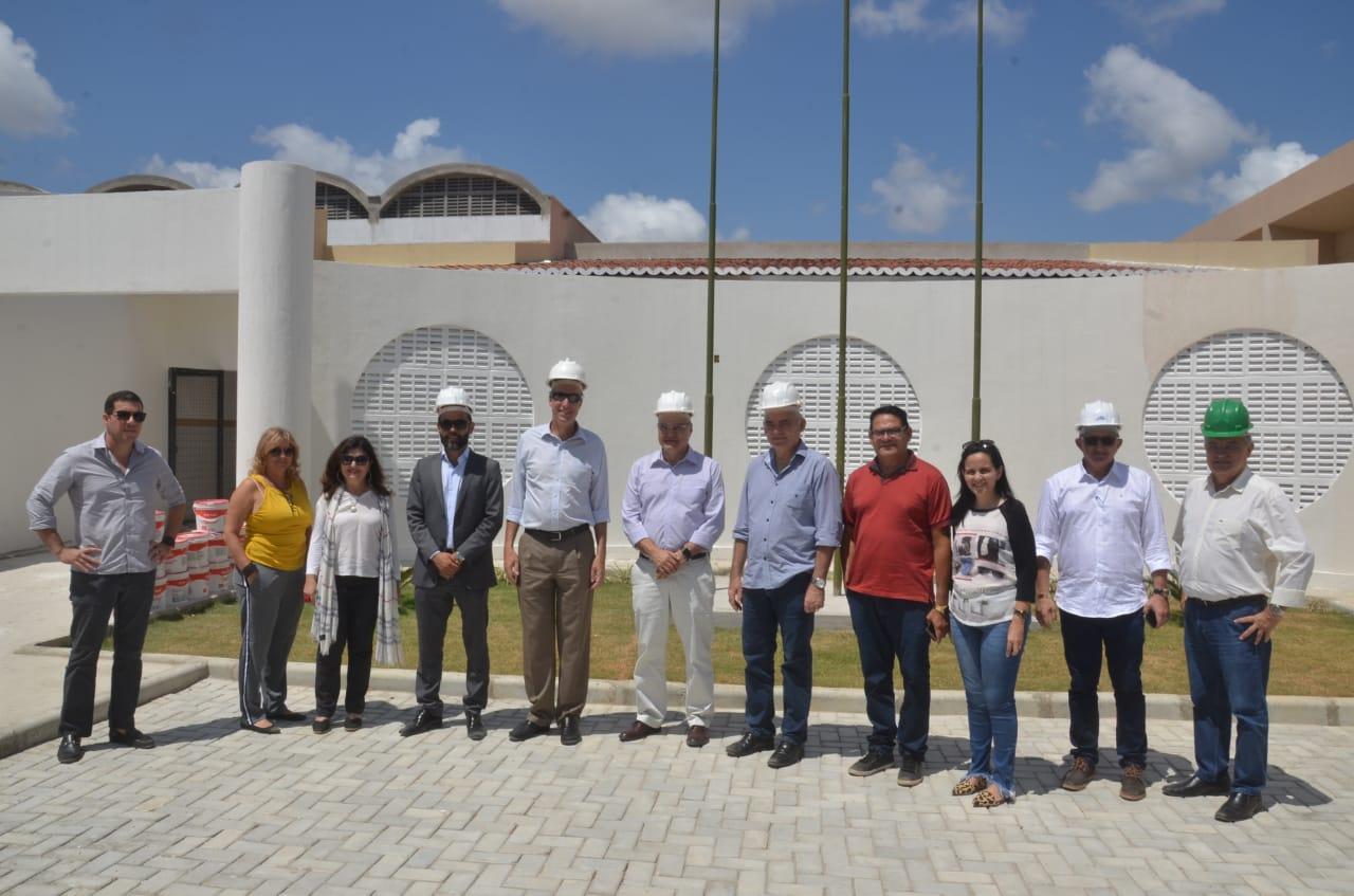 Na manhã da última sexta-feira (30 de novembro), o prefeito de São Gonçalo  do Amarante RN, Paulo Emídio realizou, juntamente com o diretor do Banco  Mundial ... b26369697d