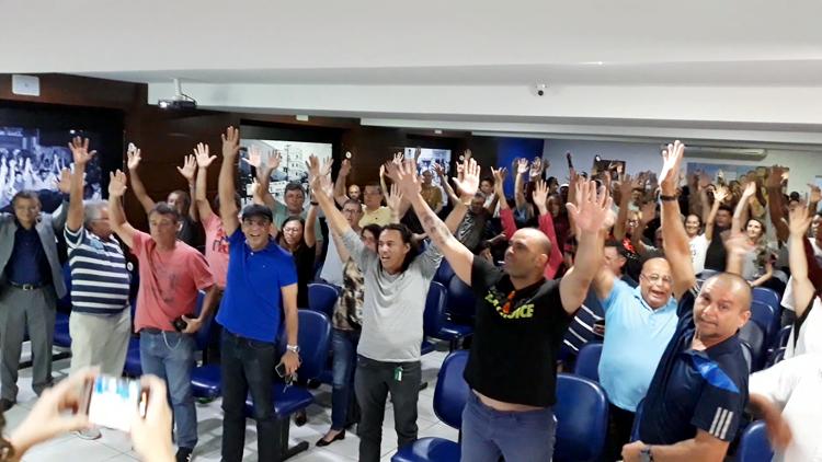 Resultado de imagem para Contra redução salarial, Policiais Civis decidem cruzar os braços no dia 13 de março