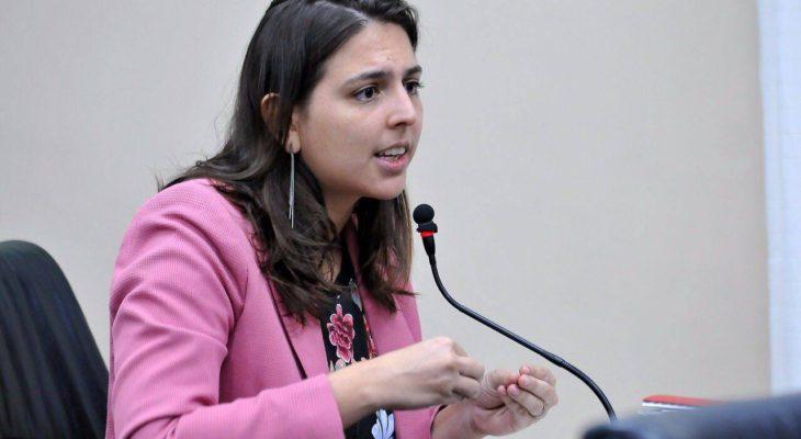 Resultado de imagem para Deputada potiguar Natália Bonavides denuncia o presidente Bolsonaro ao Ministério Público Federal