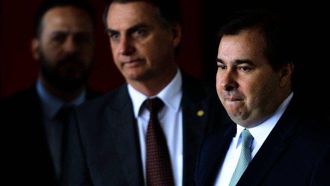 Trégua entre Maia e Bolsonaro deve destravar reforma da Previdência e pacote anticrime