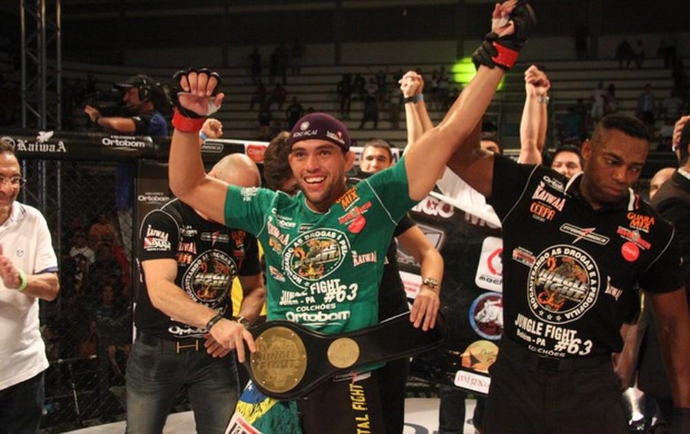 FOTO: Ex-lutador do UFC morre após discutir e ser atropelado por motorista de aplicativo em Belém