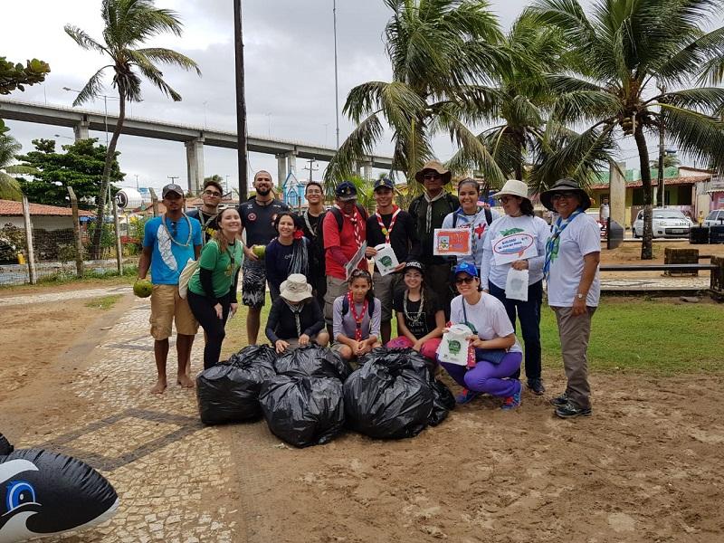 FOTO: Campanha recolhe quase meia tonelada de lixo na Redinha