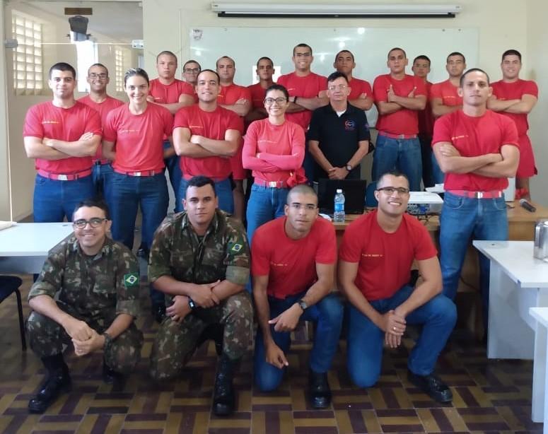Resultado de imagem para Detran forma bombeiros militares no curso de Condutor de Veículo de Emergência
