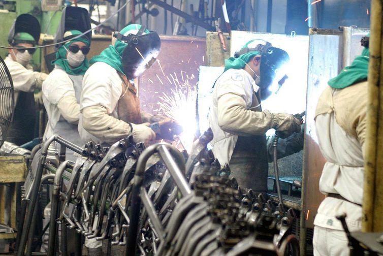 Emprego é recorde no Brasil no trimestre encerrado em julho