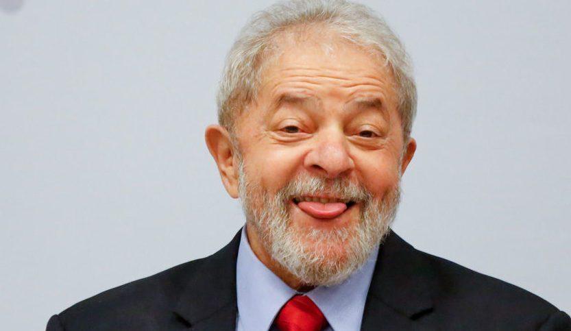 """Lula ainda duvida de facada em Bolsonaro porque """"não viu sangue"""", e ainda alimenta """"teorias"""" da cronologia pós-atentado"""