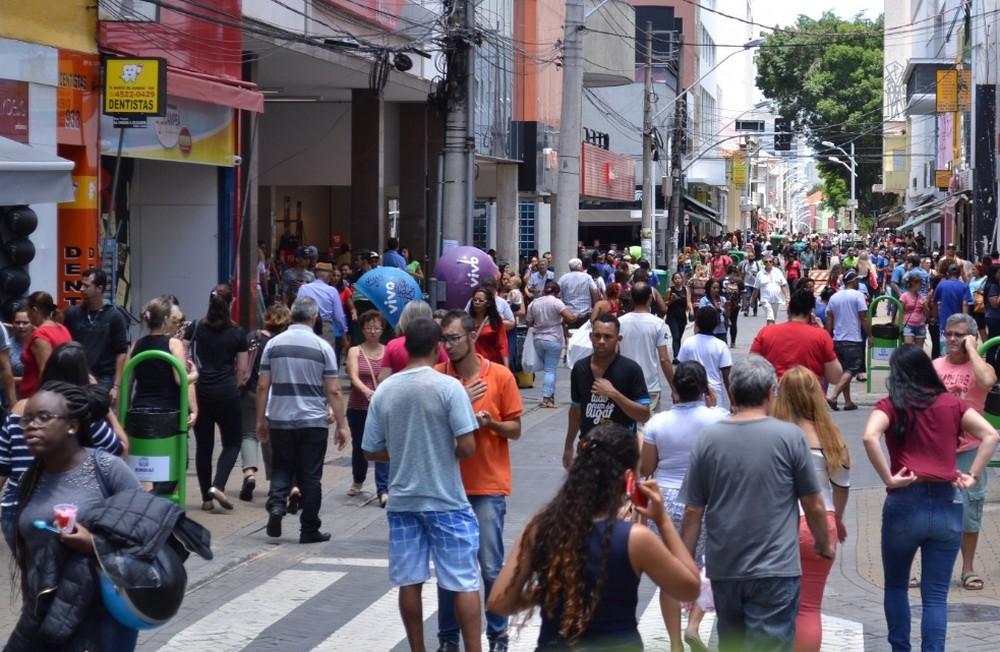 Confira como o funciona o comércio em Natal nesta quinta, feriado de Mártires de Cunhaú e Uruaçu