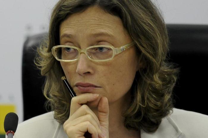 """Resultado de imagem para """"O que foi Sergio Moro se não um juiz ladrão?"""", provoca Maria do Rosário"""
