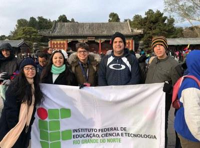 Estudantes do IFRN são premiados em torneio de Matemática na China; resultado credencia equipe para Olimpíada Mundial na Tailândia e no Japão