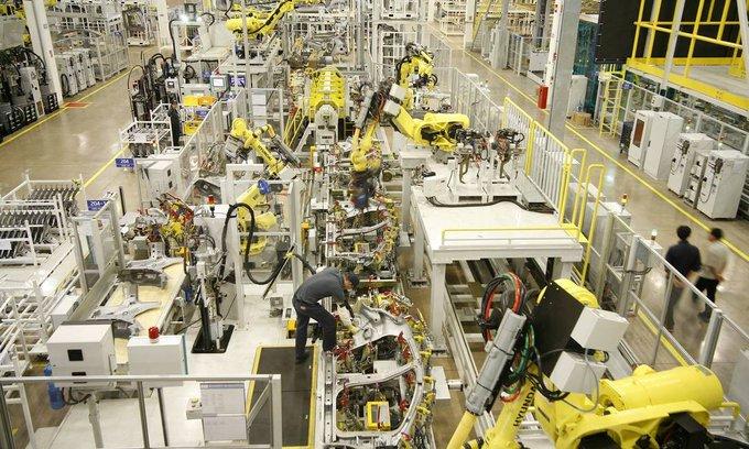 Produção industrial sobe pelo terceiro mês seguido: alta de 0,8% em outubro