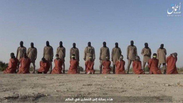 Estado Islâmico divulga vídeo decapitando onze reféns cristãos um dia após o Natal