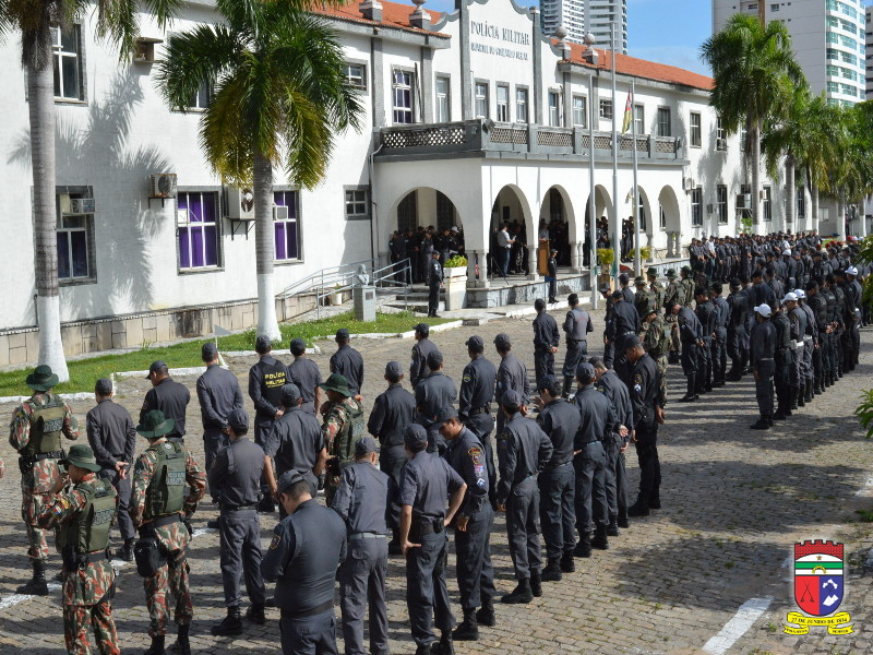 Resultado de imagem para COMANDANTE GERAL ASSINA PORTARIAS DE PROMOÇÕES DE 2.676 POLICIAIS MILITARES DO RN