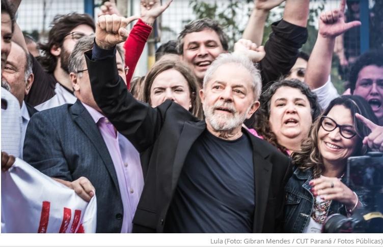 """Em ano eleitoral, Lula diz que tem """"jeitão de pastor"""" e reforça desejo de conquistar evangélicos"""