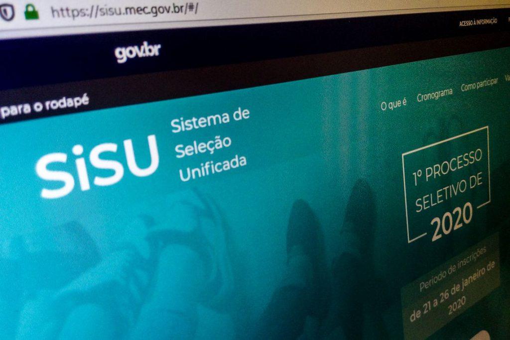 ATENÇÃO CANDIDATOS: Inscrições para o Sisu se encerram às 23h59 deste domingo