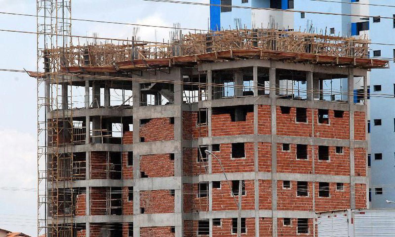 JUROS MAIS BAIXOS: Começam a valer medidas da Caixa para estimular construção civil