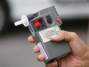 STF vai decidir se é constitucional punição a motorista que recusa bafômetro