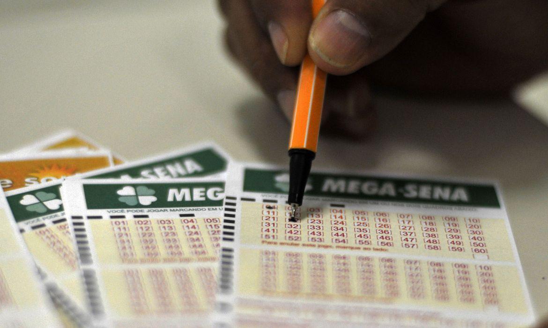 Acumulada há 14 concursos, Mega-Sena sorteia nesta quarta-feira prêmio de R$ 170 milhões