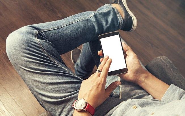 """Efeito Covid-19: aplicativos de relacionamento têm """"boom"""" de usuários e acessos"""