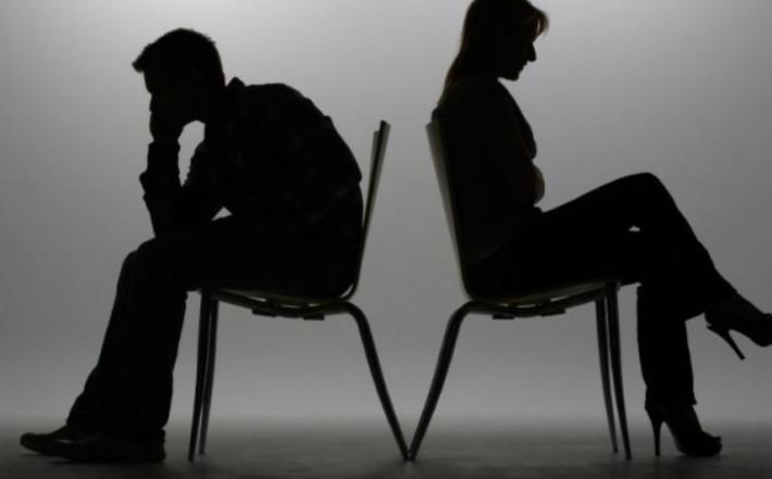 'Muitos casamentos estão desabando durante a quarentena', revela terapeuta de casal