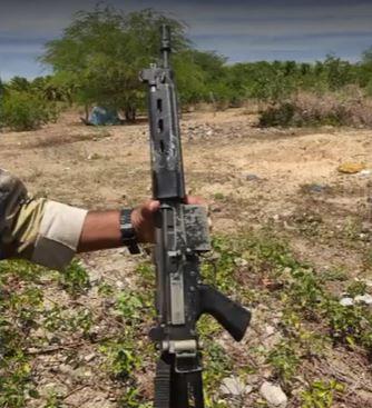 fuzil Fuzil da Polícia Militar do RN é apreendido com assaltantes de banco na Bahia