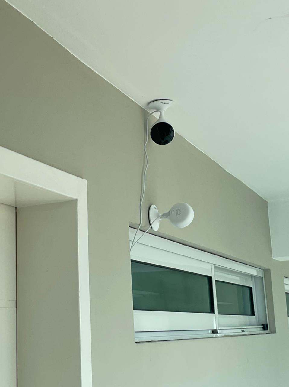 IMG-20210504-WA0044 BAIXARIA CONTINUA NO JARDINS DO ALTO: Advogado rebate versão que jogou ovo e confirma que arrancou câmera de segurança de vizinho