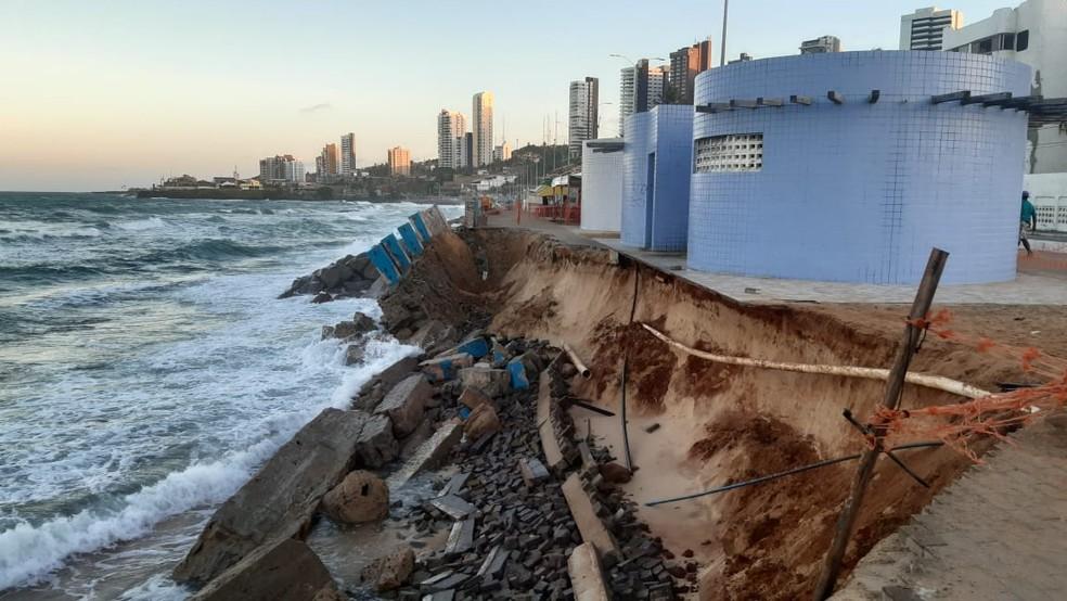 calcadao-2 FOTOS: Trecho do calçadão da Praia do Meio cede em Natal pela segunda vez em um mês