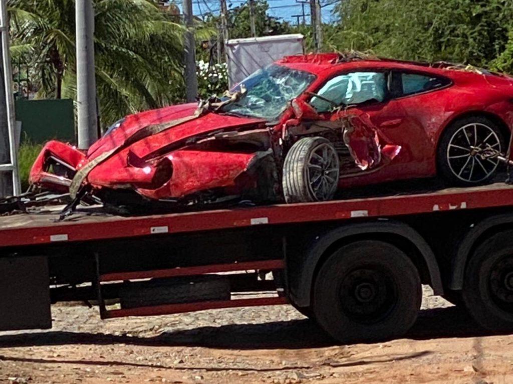 WhatsApp-Image-2021-06-27-at-12.31.16-1024x766 Acidente VÍDEOS E FOTOS: Porsche fica destruído após acidente em estrada para o Beach Park, no Ceará