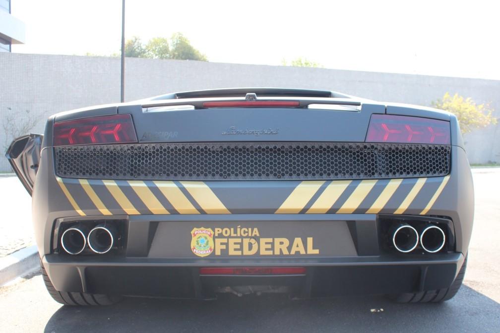 l5 FOTOS: Lamborghini de R$ 800 mil apreendida em ação contra golpistas vira viatura da Polícia Federal