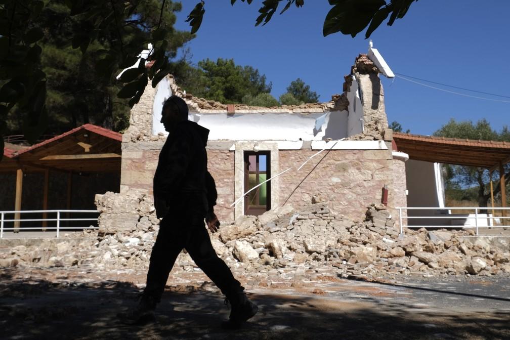 ap21270304594293 FOTOS: Forte terremoto atinge a maior ilha de Creta, na Grécia