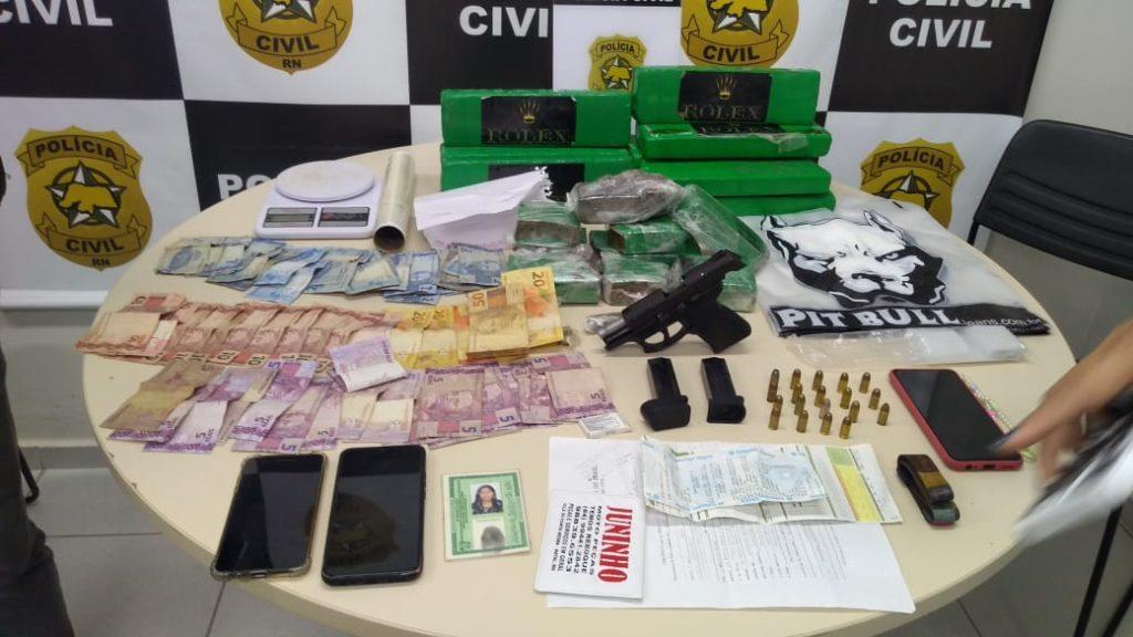 WhatsApp-Image-2021-10-07-at-10.24.01-1024x576 Dois suspeitos por tráfico de drogas e foragidos da Justiça são presos em Ponta Negra