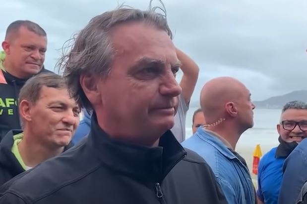 """bolsonaro-1 """"Não aprenderam a trabalhar ainda"""", diz Bolsonaro sobre imprensa"""