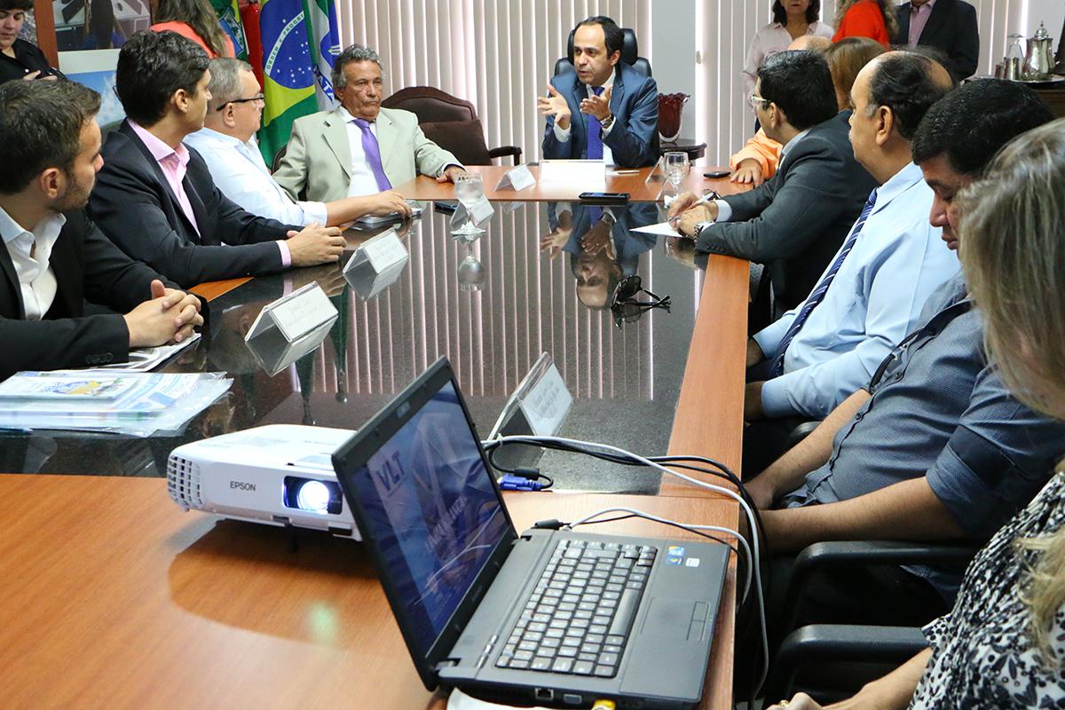 29.02 Reunião com CBTU, DER e lideranças de SJM - Foto Rayane Mainara (3)