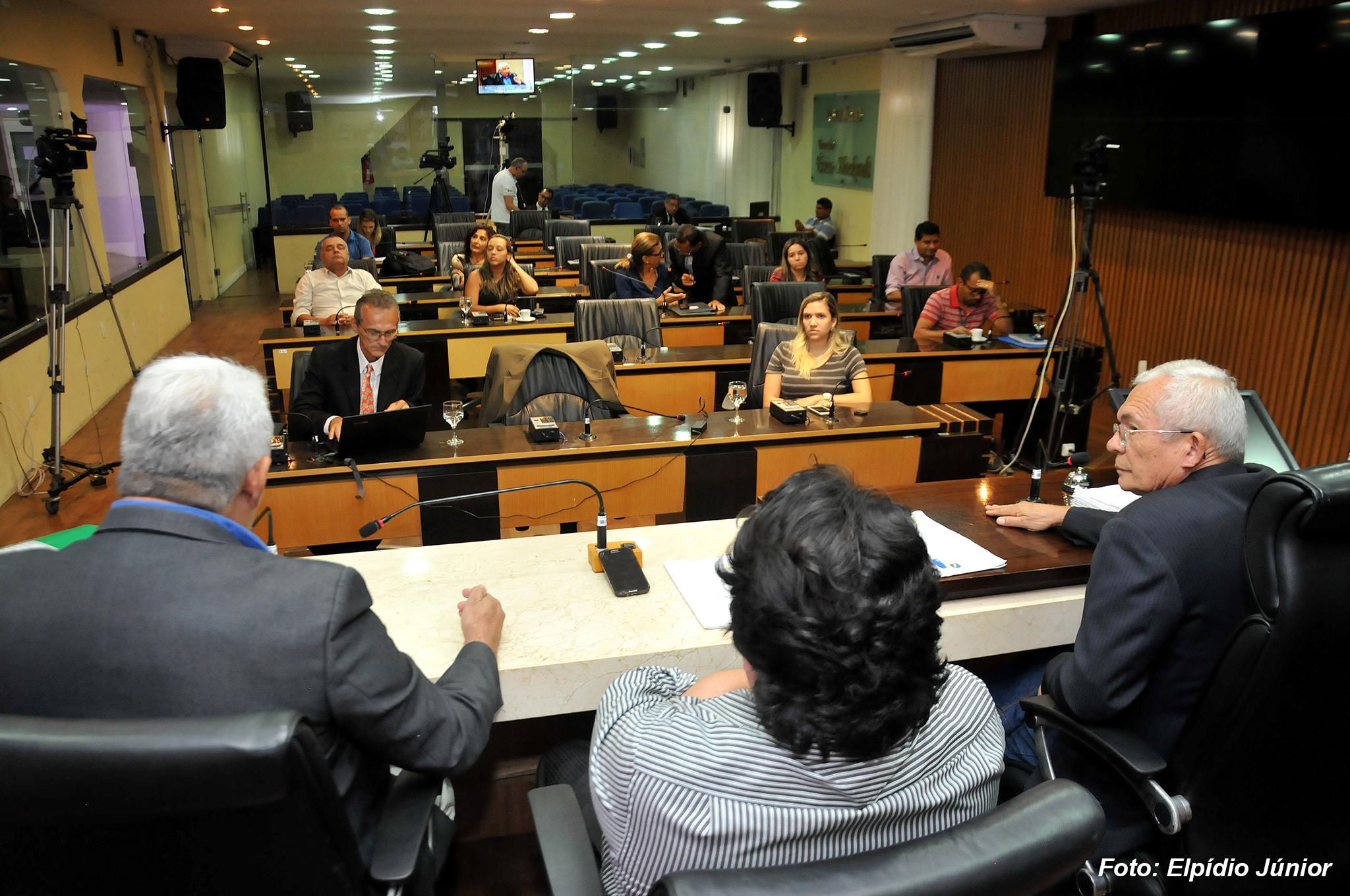 Comissão de Saúde CMN - Foto ELPÍDIO JÚNIOR (5)