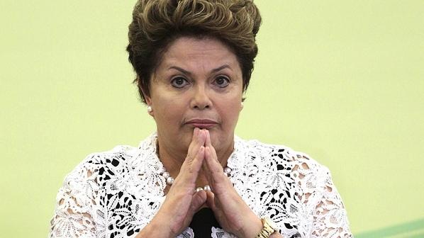 Dilma-Rousseff-em-29-de-novembro-de-2012-size-598