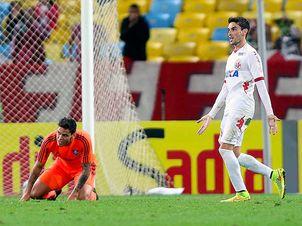 Rodrigo-Pimpao-Fluminense-America-RN-MendesLANCEPress_LANIMA20140930_0150_24