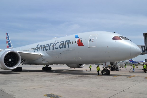 boeing-787-dreamliner-american-airlines-098-620x413