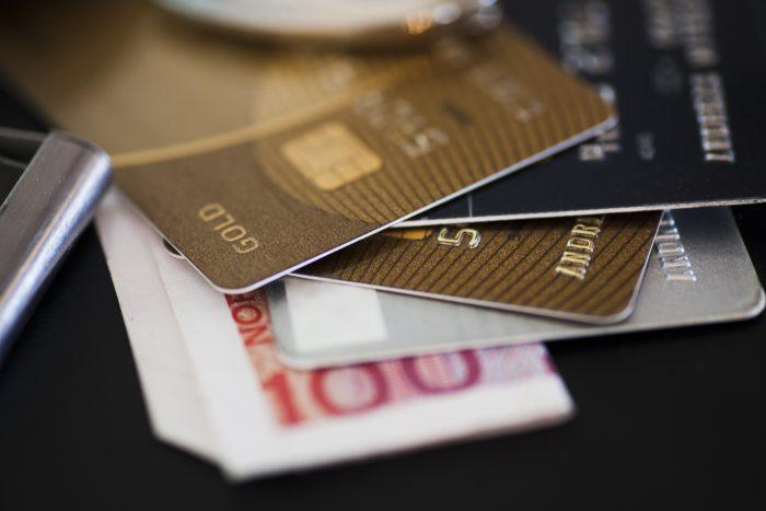 cartao-credito-internacional-compra-estrangeira-exterior-700x467